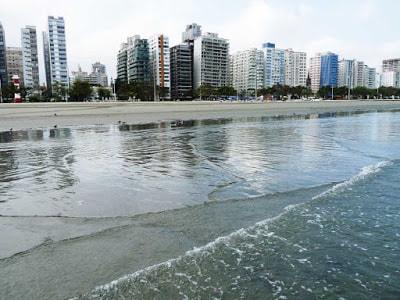 Praia Pompeia em Santos SP - Mar