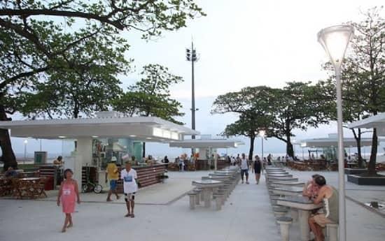 Quiosques Praia Embaré