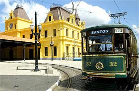 Passeio de bondinho em Santos