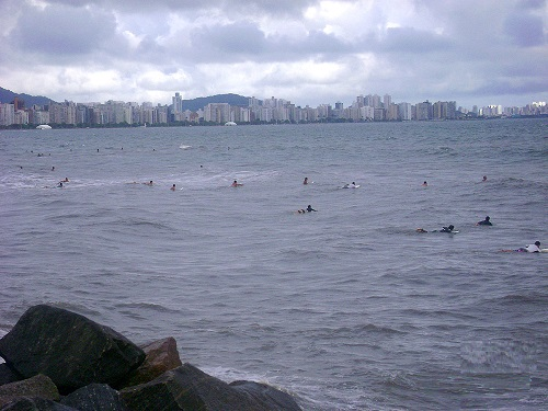Surf na Praia José Menino em Santos