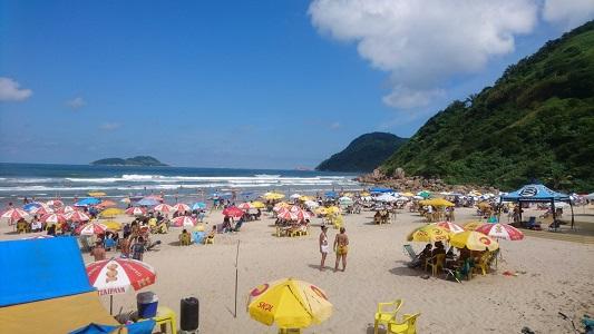 Praia do Tombo no Guaruja